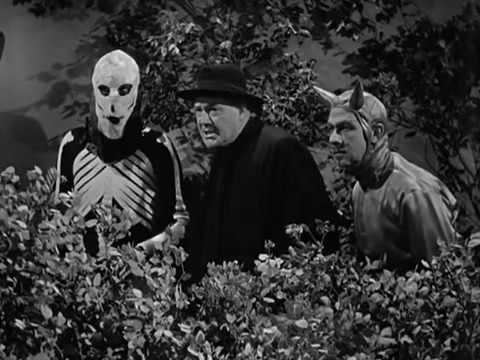 Spook Spoofing The Three Stooges 070 Spook Louder 1943 Curly Larry Moe 16m08s