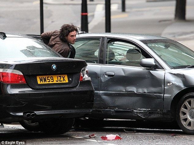 Spooks (1930 film) movie scenes He is seen emerging from a dramatic car crash in these scenes filmed near Tower Bridge