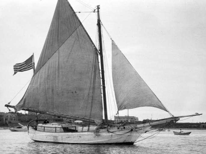 Spray (sailing vessel) httpsuploadwikimediaorgwikipediacommonsaa