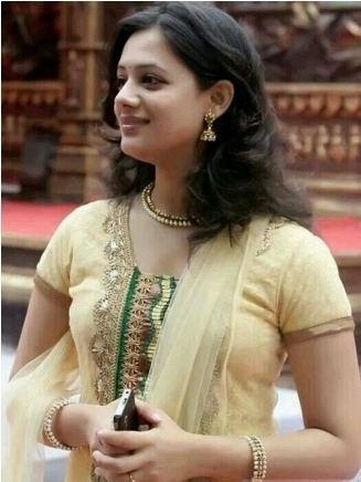 Spruha Joshi Spruha Joshi Biography wiki age height poems
