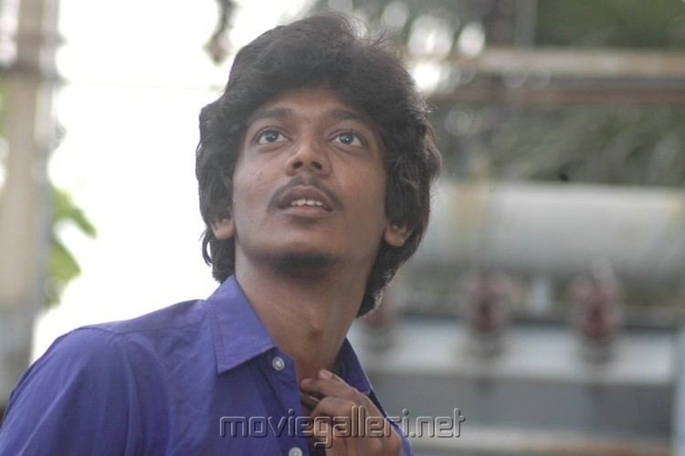 Sri (actor) moviegallerinetwpcontentgalleryvazhakkuenn1