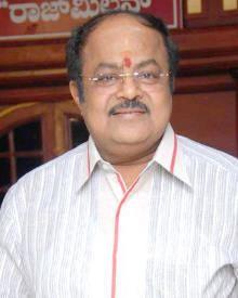 Srinivasa Murthy wwwfilmibeatcomimgpopcornprofilephotossrini