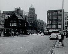 St Enoch Square httpsuploadwikimediaorgwikipediacommonsthu