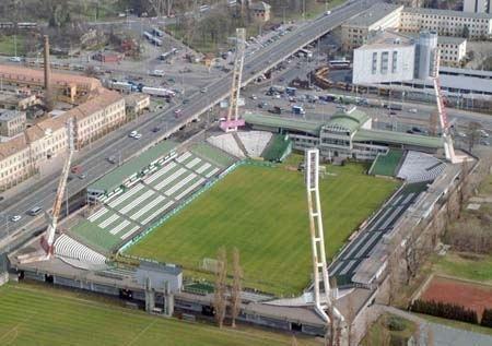 Stadion Albert Flórián 500 000 Lgifot Magyarorszgrl Lgifelvtelek replgppel