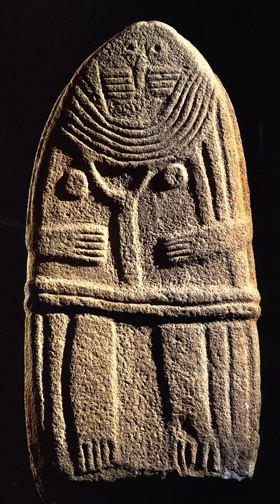 Statue menhir 1000 images about PREISTHORIC ART Statue Menhir on Pinterest