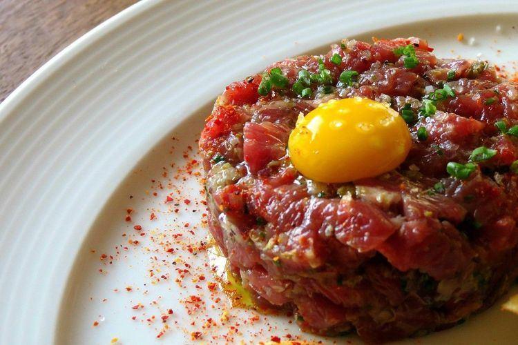 Steak tartare 1000 ideas about Steak Tartare on Pinterest Salmon tartare