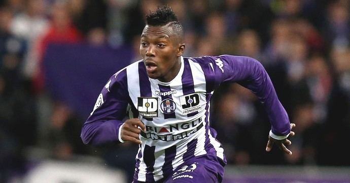 Steeve Yago Steeve Yago prolonge son contrat Le site officiel du Toulouse