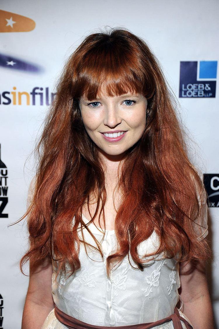 Stef Dawson The Hunger Games Mockingjay Adds Australian Actress Stef Dawson