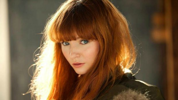 Stef Dawson The Hunger Games Mockingjay casts Australian actress Stef Dawson