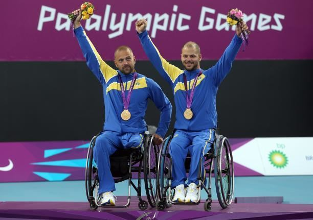Stefan Olsson Swedens Stefan Olsson goes from wheelchair tennis to sledge hockey