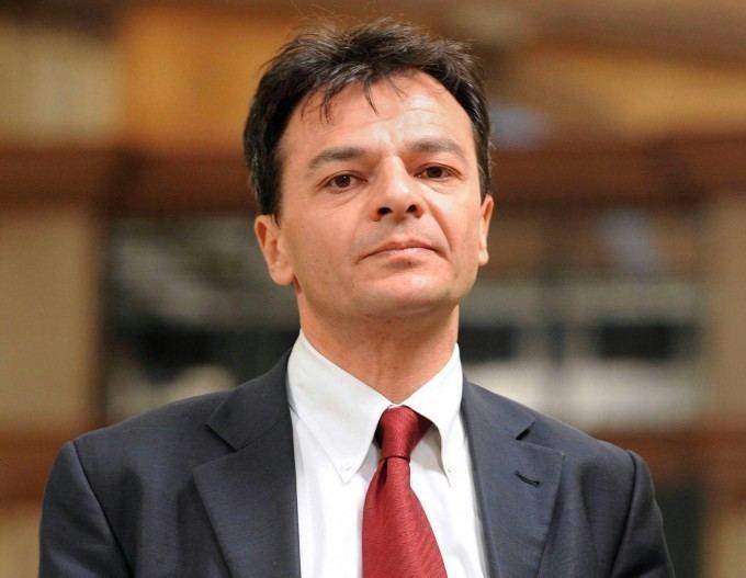 Stefano Fassina Debates in the Italian Left Stefano Fassina on Euro and EU
