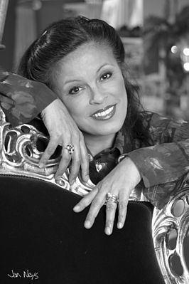 Stella Maessen httpsuploadwikimediaorgwikipediacommonsthu