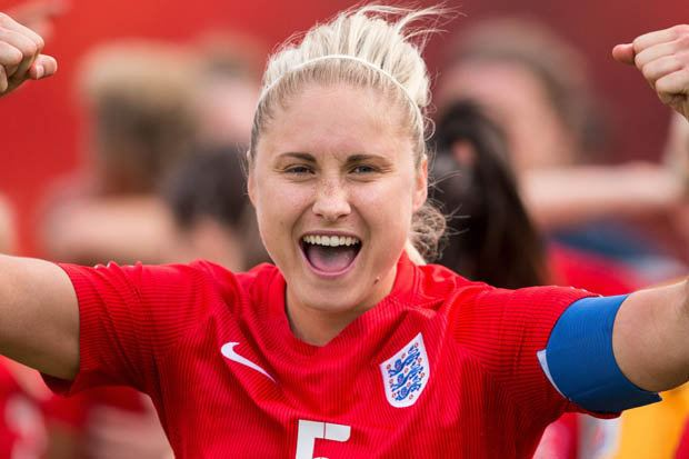 Steph Houghton Steph Houghton urges Mark Sampson to stick with England