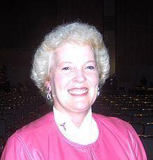 Stephanie Glance httpsuploadwikimediaorgwikipediacommonsthu