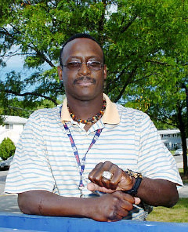 Stephen Baker (American football) assetsnydailynewscompolopolyfs1407966131451