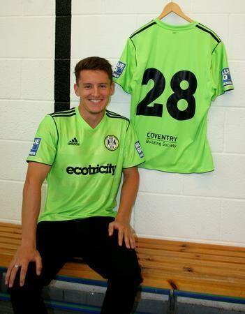 Stephen Brogan Brogan signs to bolster Rovers midfield 2012 First