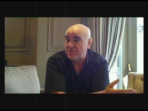 Stephen Frost Steve Frost tells a joke about penguins YouTube