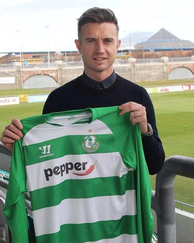 Stephen McPhail ExLeeds man McPhail happy to be home The Liberty