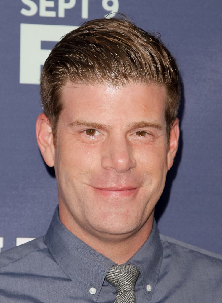 Stephen Rannazzisi Comedy Central Won39t Cancel Stephen Rannazzisi39s Breaking