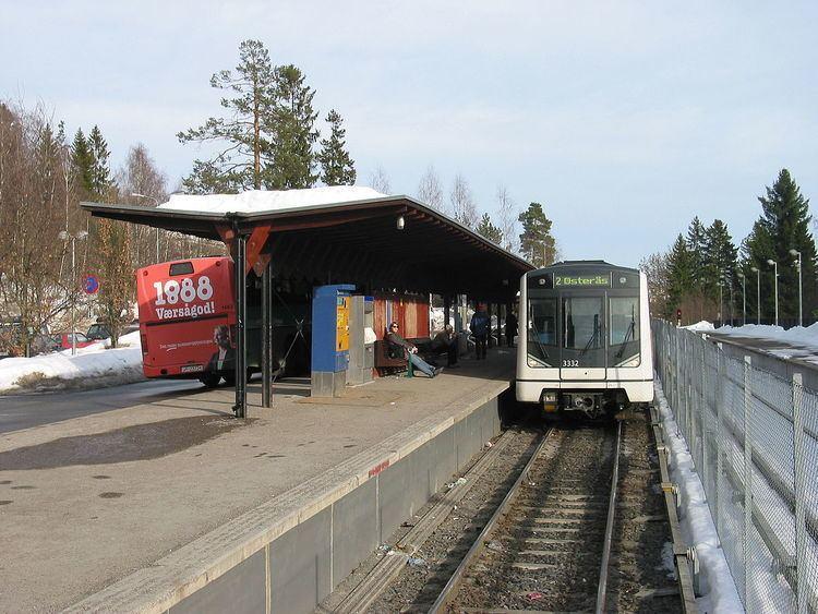 Østerås (station)