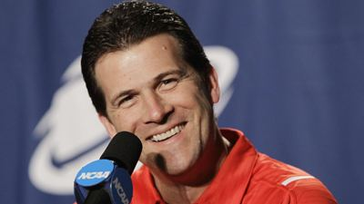 Steve Alford Report Steve Alford Signs Contract With UCLA Days After