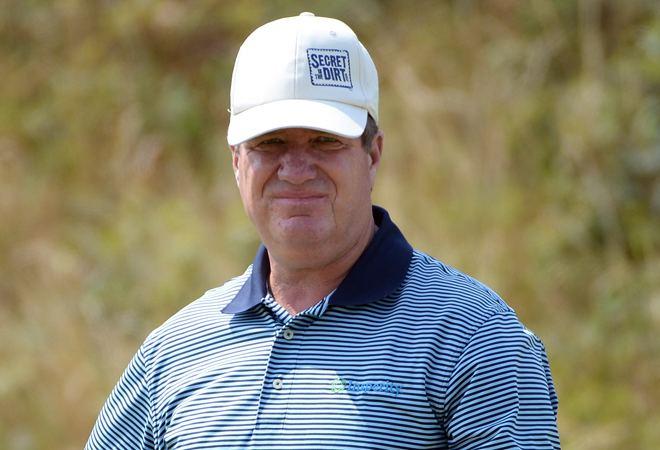 Steve Elkington Senior golfer Steve Elkington apologizes for racist
