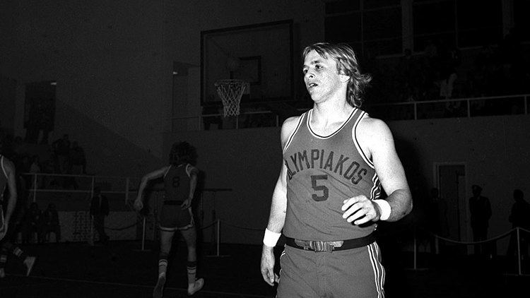 Steve Giatzoglou Legends of the Legend Olympiacos BC
