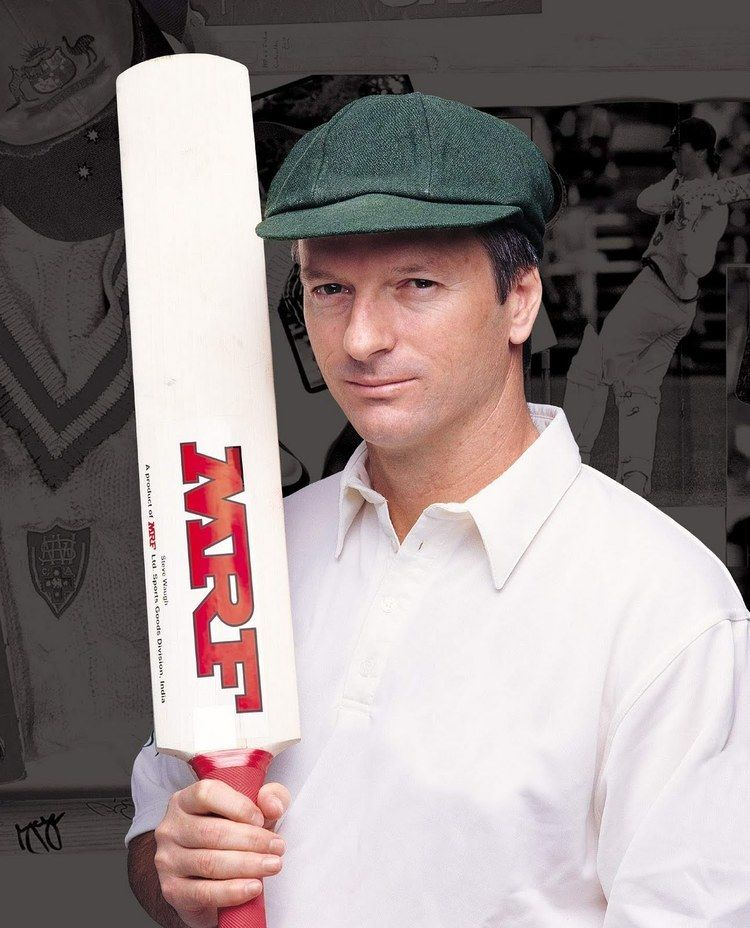 Steve Waugh (Cricketer) playing cricket