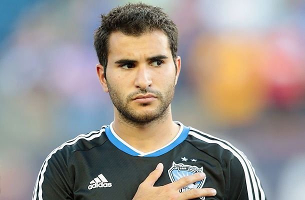 Steven Beitashour Steven Beitashour chooses to represent Iran over United