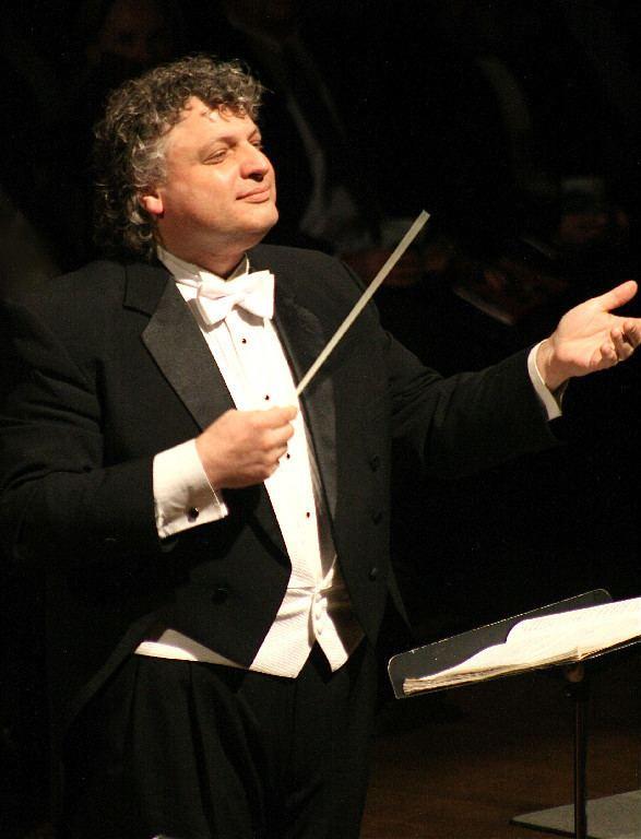 Steven Karidoyanes Music Matters Steven Karidoyanes conductor with the Plymouth