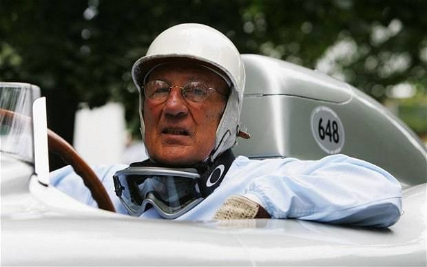 Stirling Moss Stirling Moss says that women do not have the mental