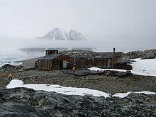 Stonington Island httpsuploadwikimediaorgwikipediacommonsthu