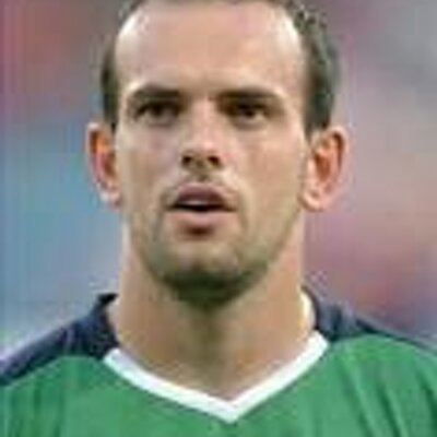 Stuart Elliott (footballer, born 1978) httpspbstwimgcomprofileimages4593818677464