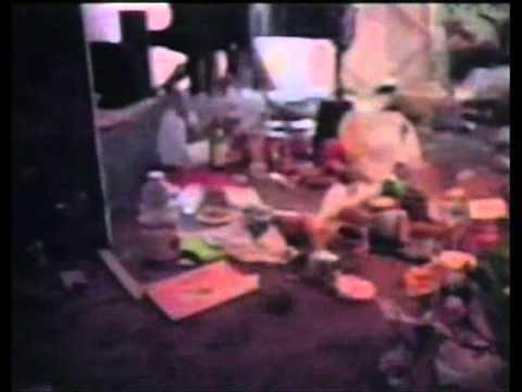 Stuff (film) httpsiytimgcomviTWBj7NR338Yhqdefaultjpg