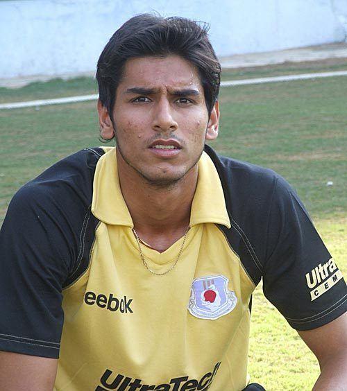 Sudeep Tyagi (Cricketer)