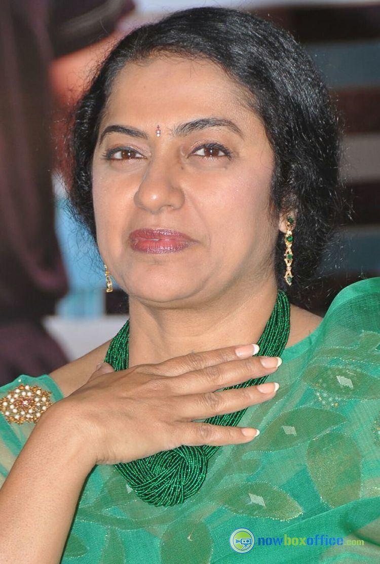 Suhasini Maniratnam Suhasini Maniratnam at Sachin Movie Press Meet Photos