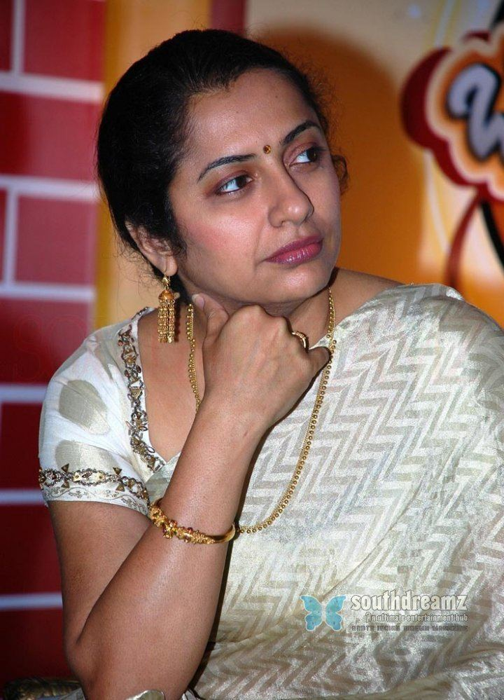 Suhasini Maniratnam In which is good smile result itimes Polls