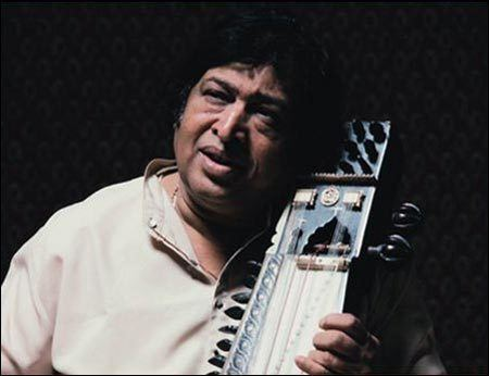 Sultan Khan (musician) wwwexposeorgassetsimgartistskhanustadsulta