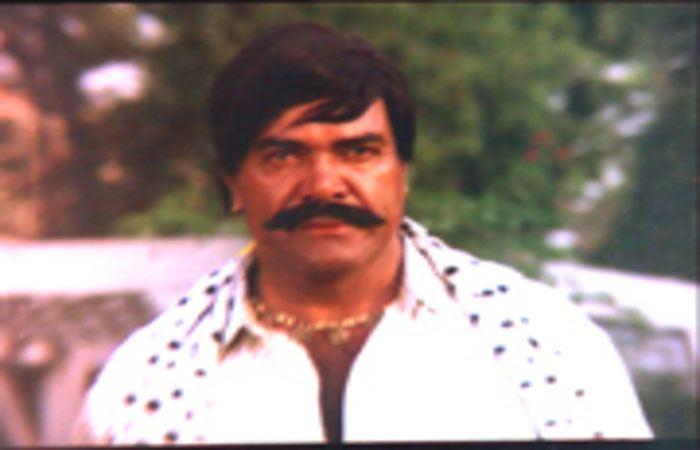 Sultan Rahi Sultan Rahi39s 20th death anniversary today Desi Akhbar