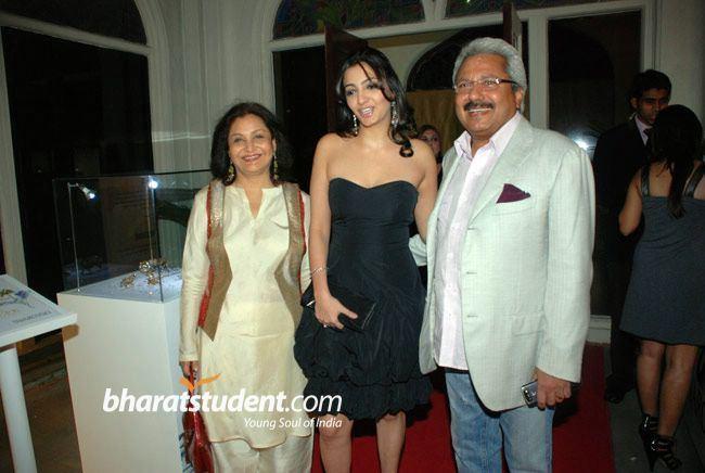 Sunil Alagh Maya Alagh Sunil Alagh amp Anjorie AlaghSwarovski Auction