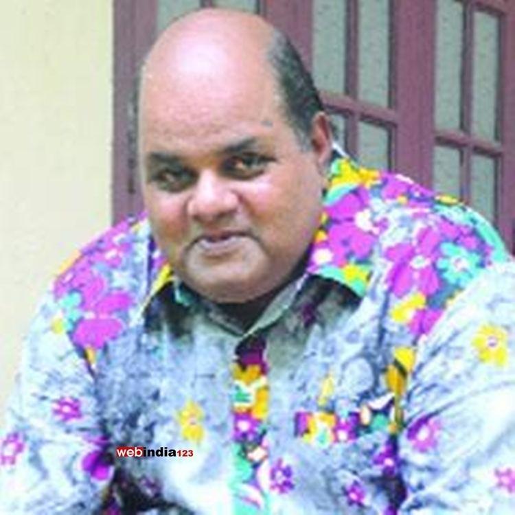 Sunil Sukhada Sunil Sukhada Sunil Sukhada Photo Gallery Sunil Sukhada Videos