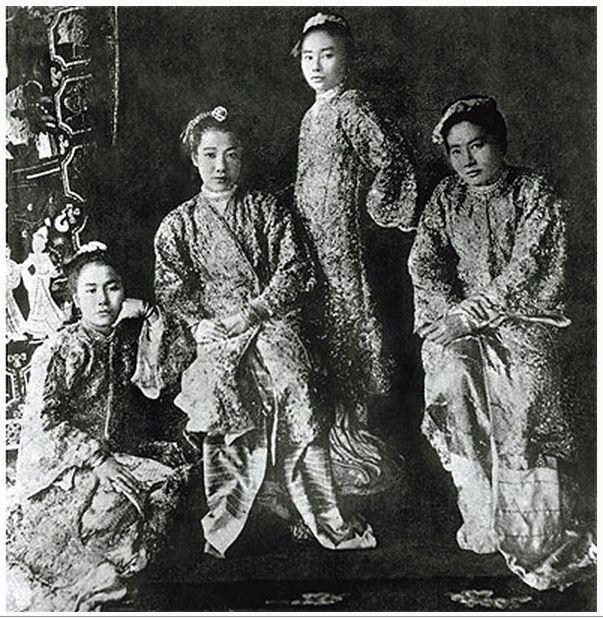 Supayalat 4 daughter of Queen Supayalat and King Thibaw the last