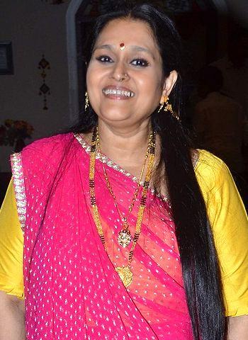Supriya Pathak Indian Film Bollywood Actresses Photos Biography Wallpapers Download