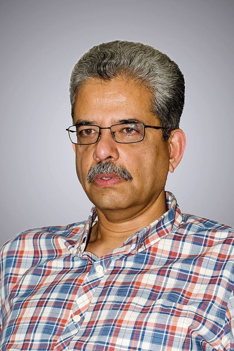 Suresh Menon (sports writer)