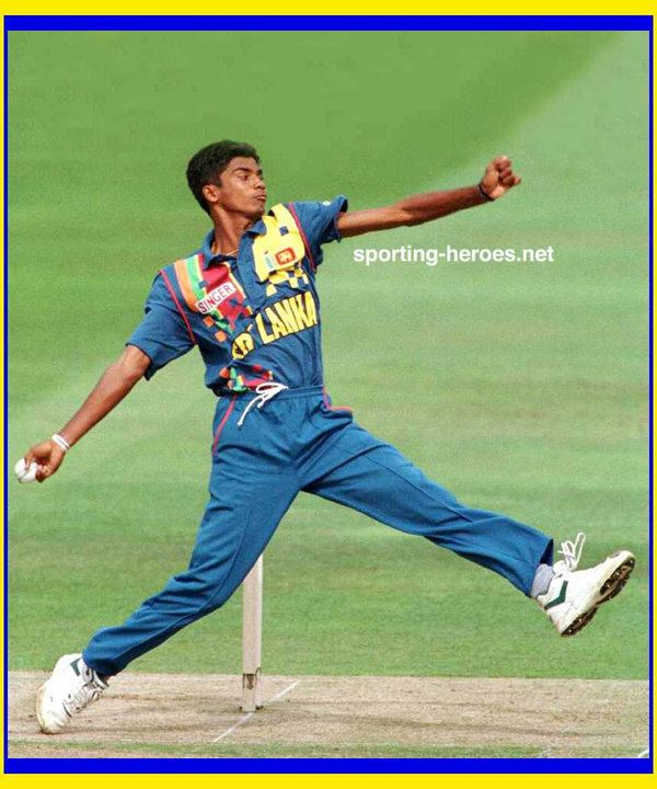Suresh Perera (Cricketer)