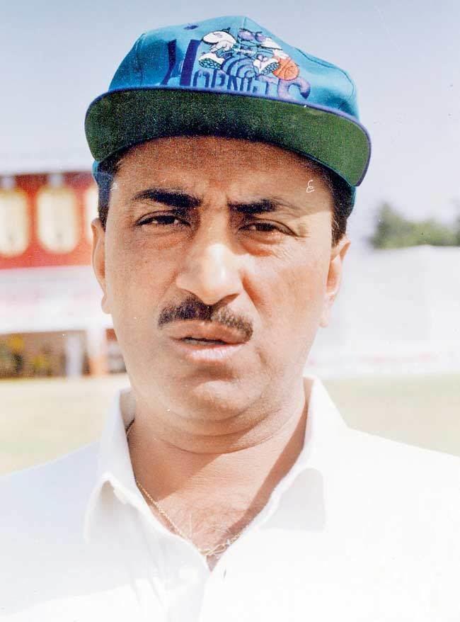 Surinder Khanna (Cricketer)