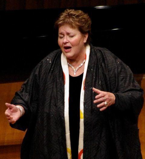 Susan Osborn (musician) A Holiday Tradition Christmas Music with Susan Osborn at Victorian