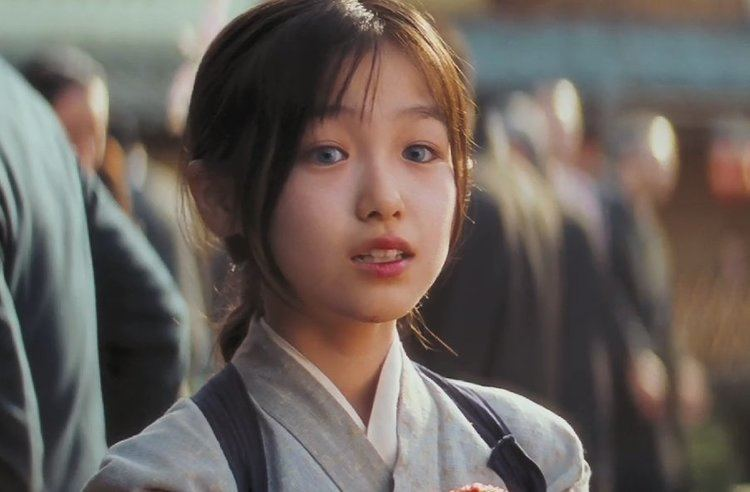 Suzuka Ohgo the world according to jonolism She paints her face to