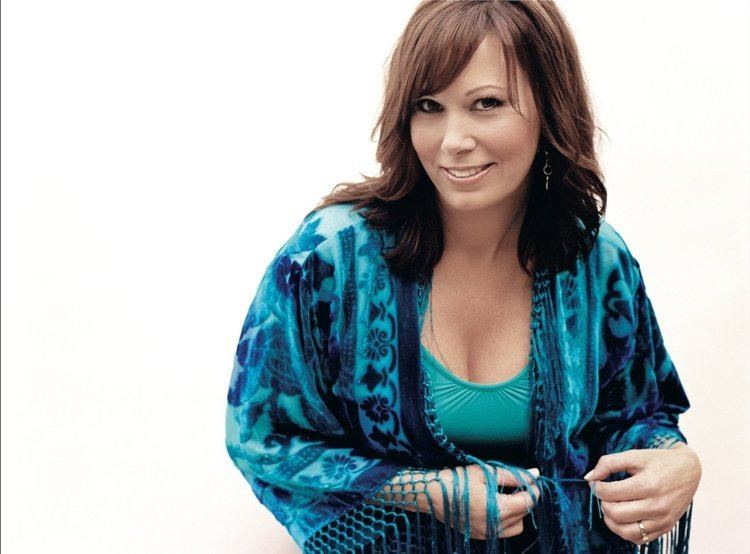 Suzy Bogguss Suzy Bogguss New Music And Songs