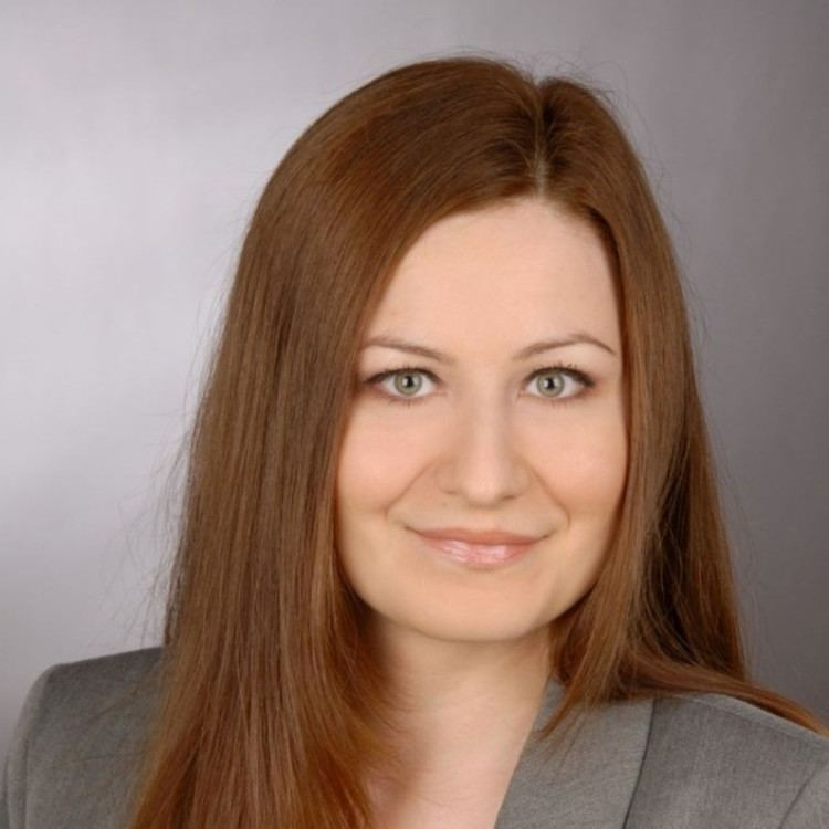 Svetlana Nikolaeva Svetlana Nikolaeva Referentin der Geschftsfhrung PEAG Personal